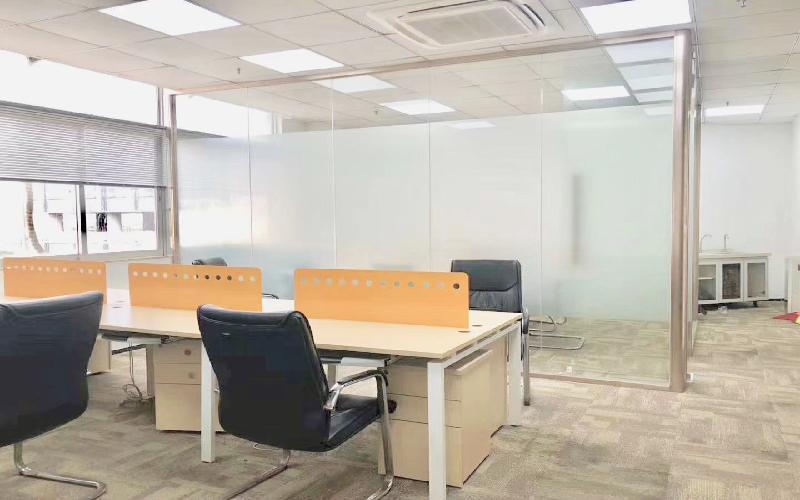 安华工业区写字楼出租198平米精装办公室65元/m².月