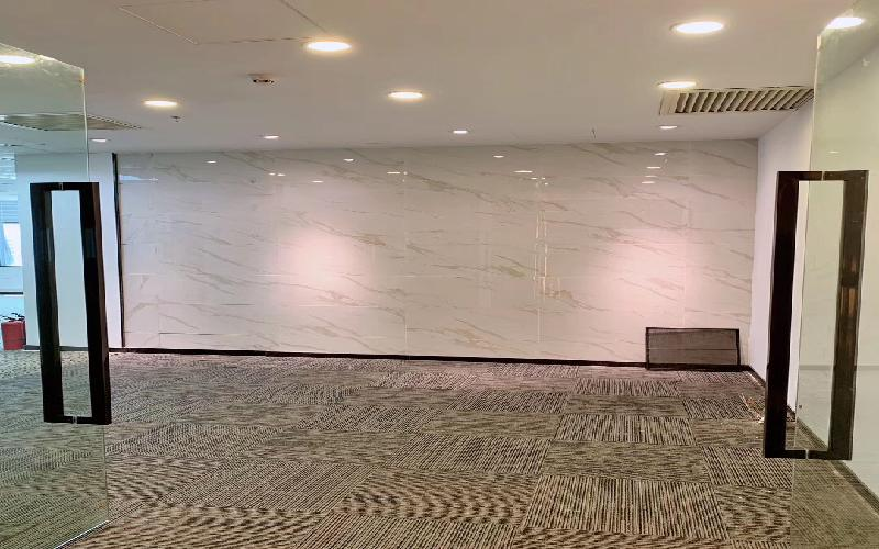 国人通信大厦写字楼出租487.8平米精装办公室88元/m².月