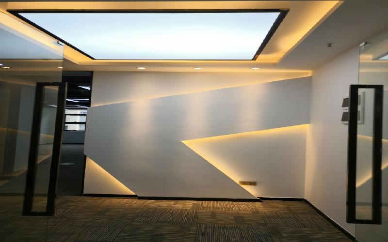 TCL科学园国际E城写字楼出租260平米精装办公室69元/m².月