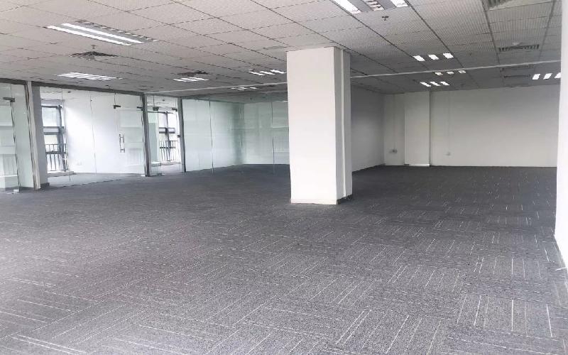 彩虹科技大厦写字楼出租565平米精装办公室50元/m².月
