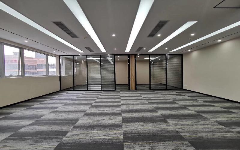 中电照明大厦写字楼出租265平米豪装办公室69元/m².月