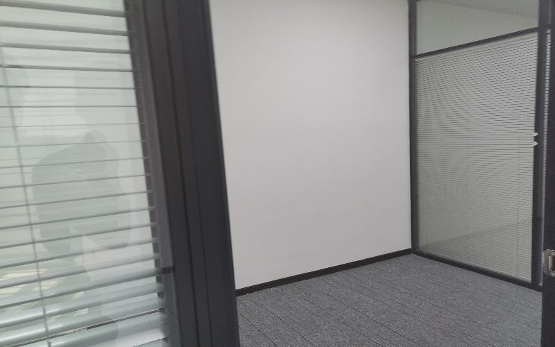 健兴科技大厦写字楼出租107平米精装办公室78元/m².月
