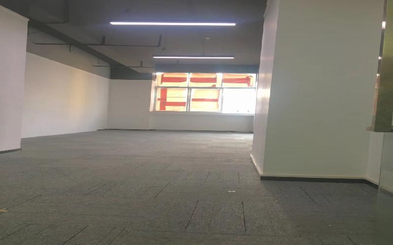 马家龙工业区写字楼出租90平米精装办公室55元/m².月