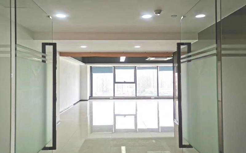 深圳湾科技生态园(一期)米6体育下载出租580平米豪装办公室88元/m².月
