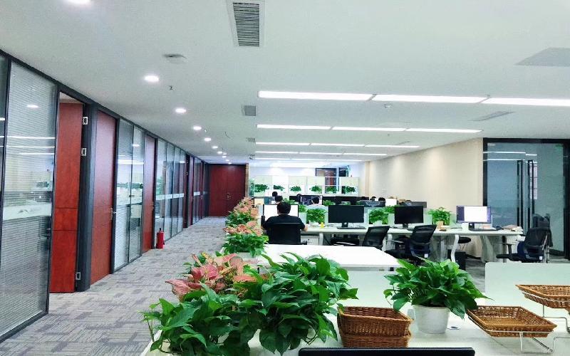 康佳研发大厦写字楼出租688平米豪装办公室78元/m².月