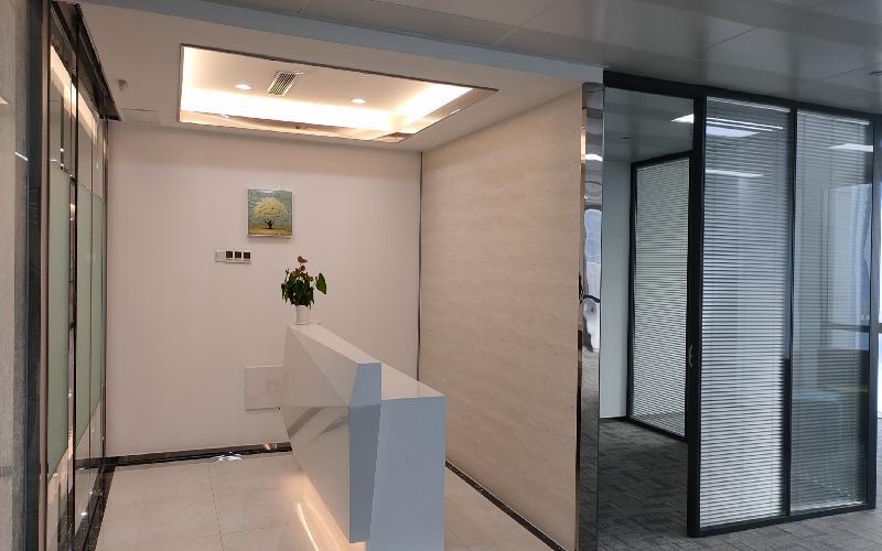 尚美科技大厦写字楼出租372平米豪装办公室88元/m².月