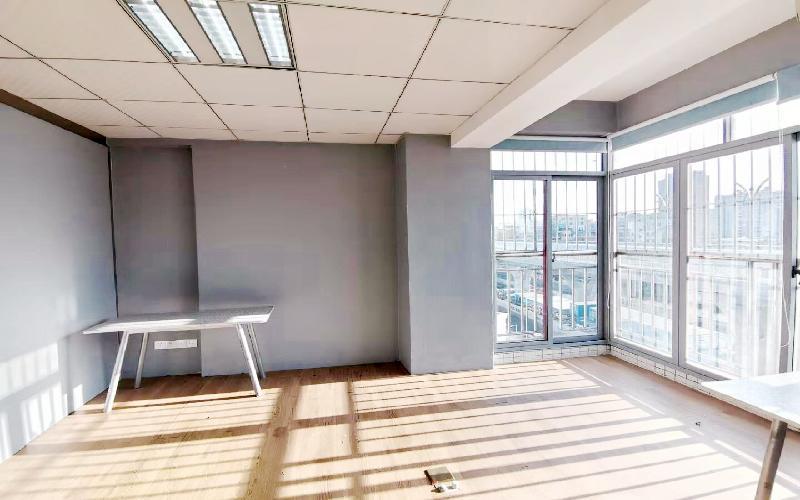 宝龙大厦写字楼出租110平米精装办公室55元/m².月