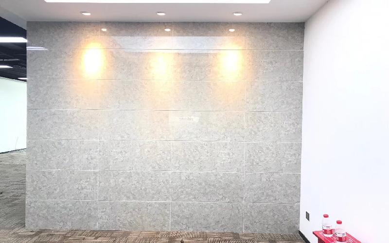 高新技术产业园写字楼出租313平米精装办公室63元/m².月