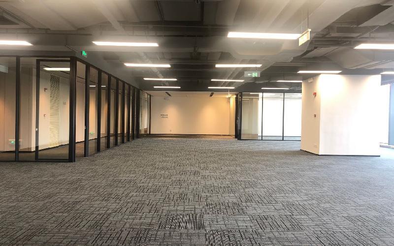 卓越前海壹号写字楼出租178平米豪装办公室108元/m².月