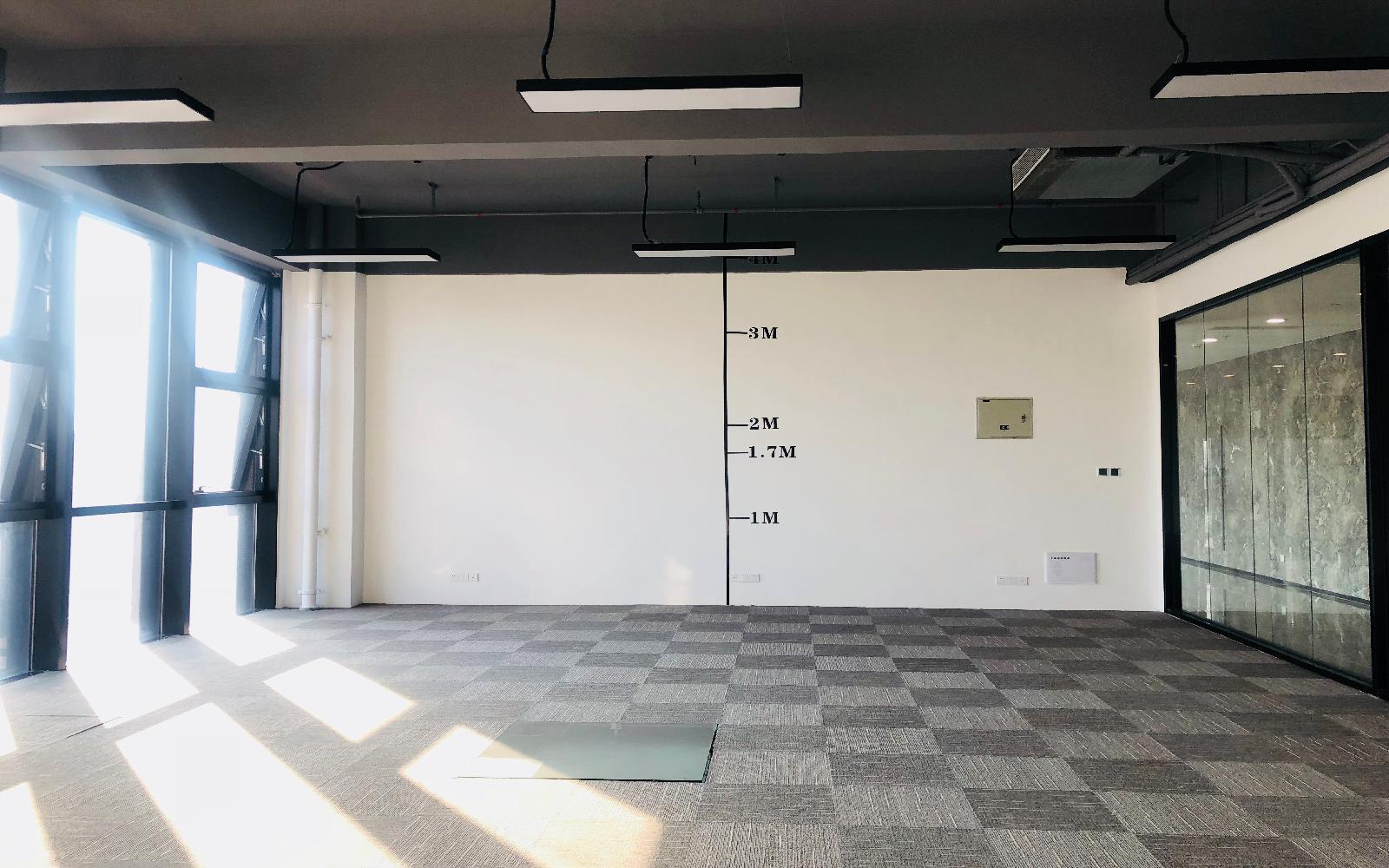 龙华-民治 锦绣鸿都大厦 130m²