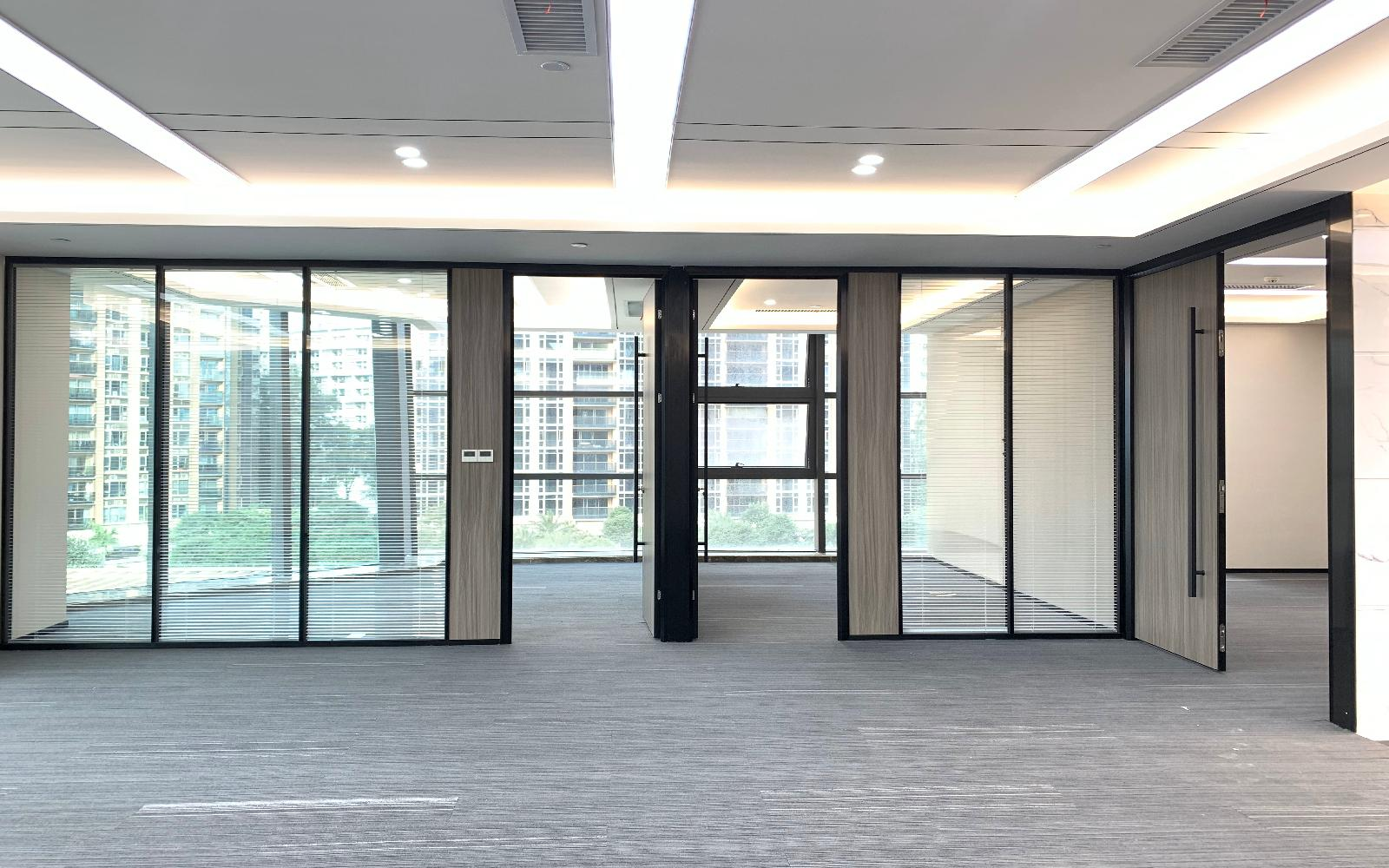 阳光粤海大厦写字楼出租210平米精装办公室73元/m².月