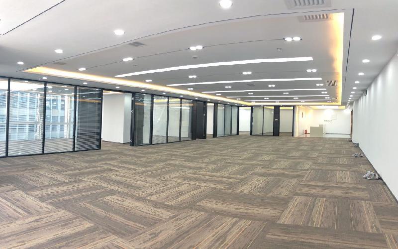 华润城大冲商务中心写字楼出租698平米豪装办公室70元/m².月