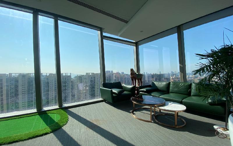 深圳湾一号写字楼出租306平米豪装办公室320元/m².月