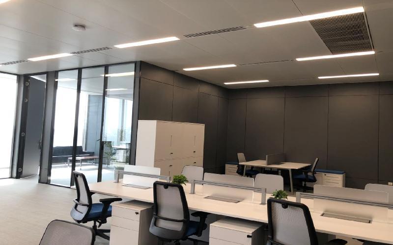 深圳湾一号写字楼出租325平米豪装办公室330元/m².月