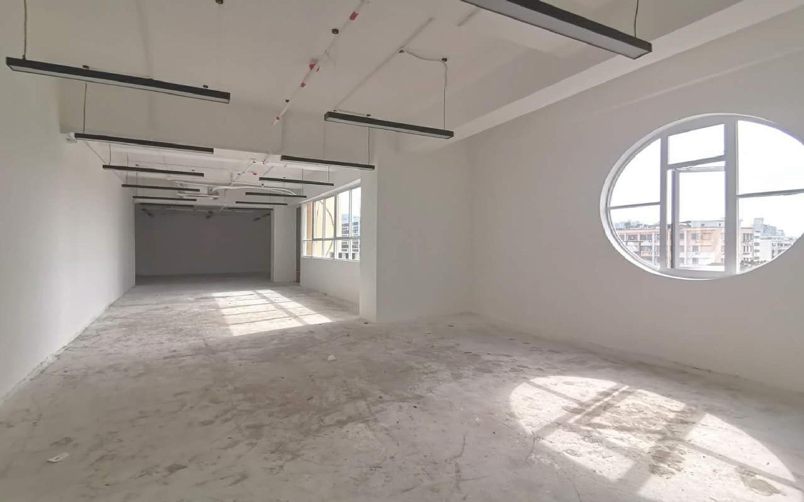 南油第四工业区写字楼出租206平米豪装办公室70元/m².月