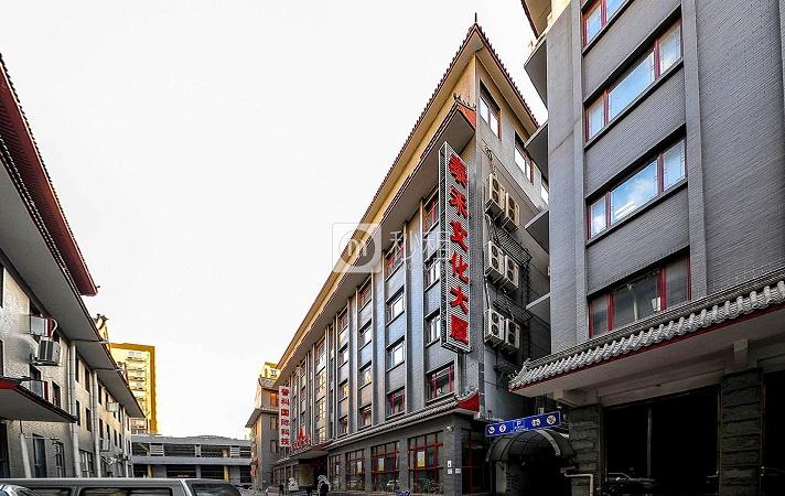 北京学区房跳水均价降一两万 业内:反弹可能性较低