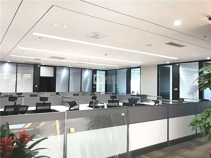 A8音乐大厦 2、11号线地铁 豪装580平电梯口 使用率高