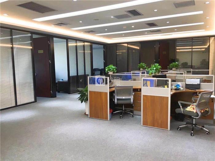 现代国际大厦 福田CBD 新装修288平50人办公室