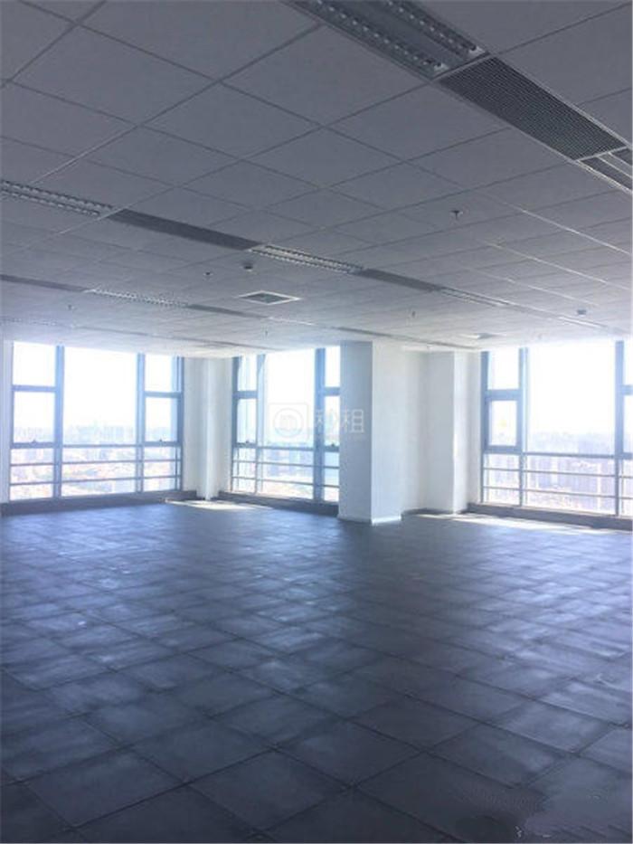 恒业铂金大厦 紧邻地铁口 176平精装修 20人办公室