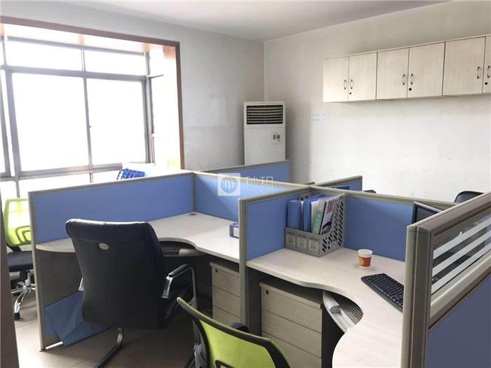 碧云天大厦 芙蓉广场地铁口160平精装修 带全套办公家具