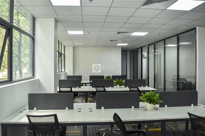 大习科创大厦 马家龙精装带家私188平 拎包入住 独立空调