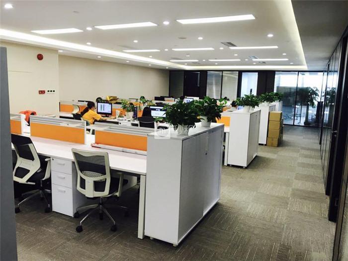 海航大厦 690平带精装修配齐家私 业主直租拎包入驻