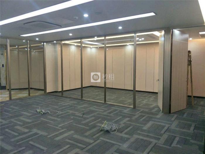 中洲交易中心 琶洲地铁站138平精装修2个隔间随时入驻