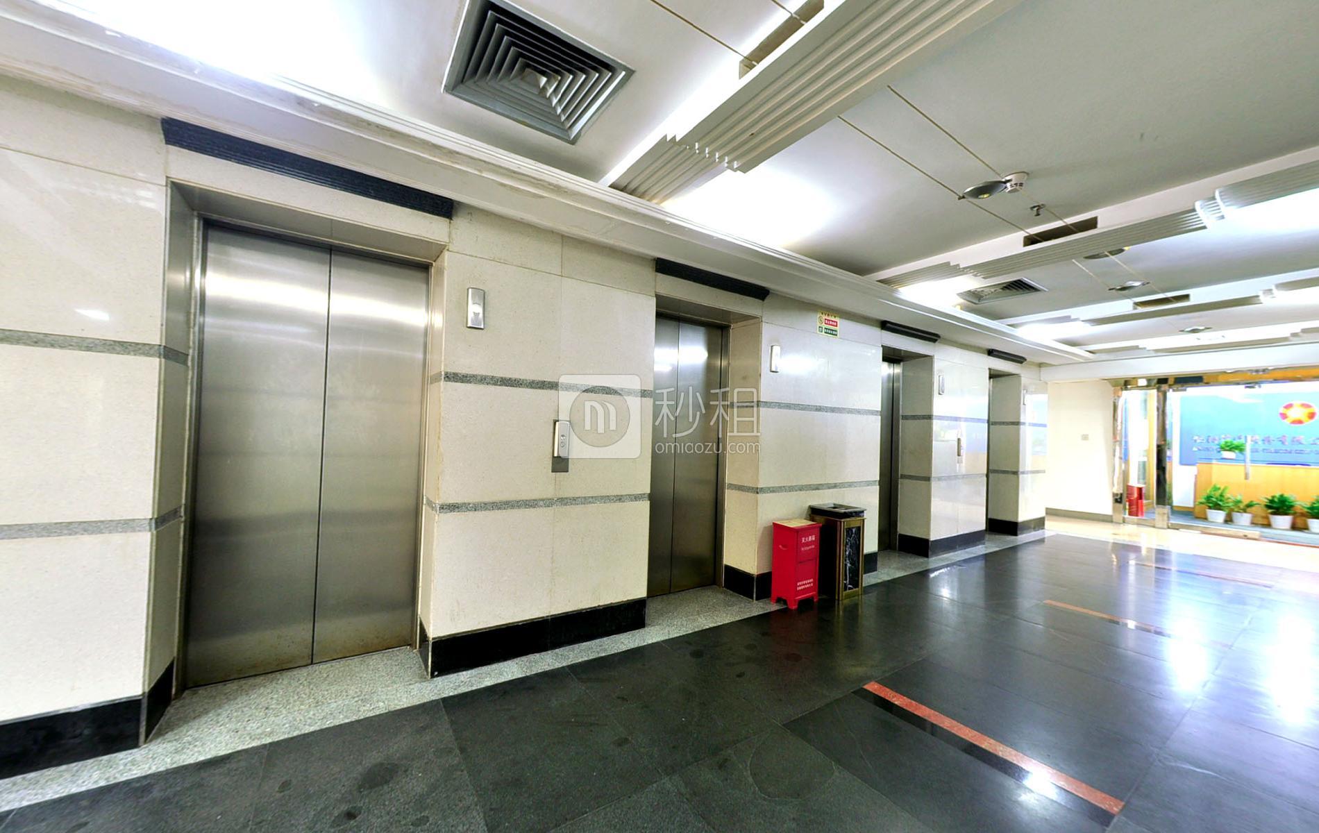 国际文化大厦写字楼出租500平米精装办公室130元/m².月