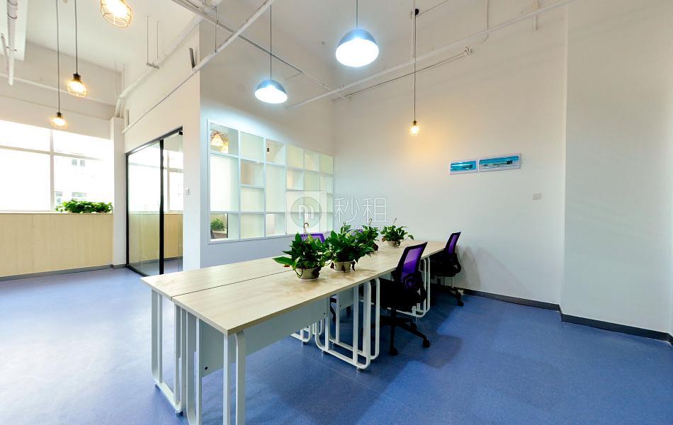 摩比大厦-蓝马智造园写字楼出租106平米豪装办公室85元/m².月