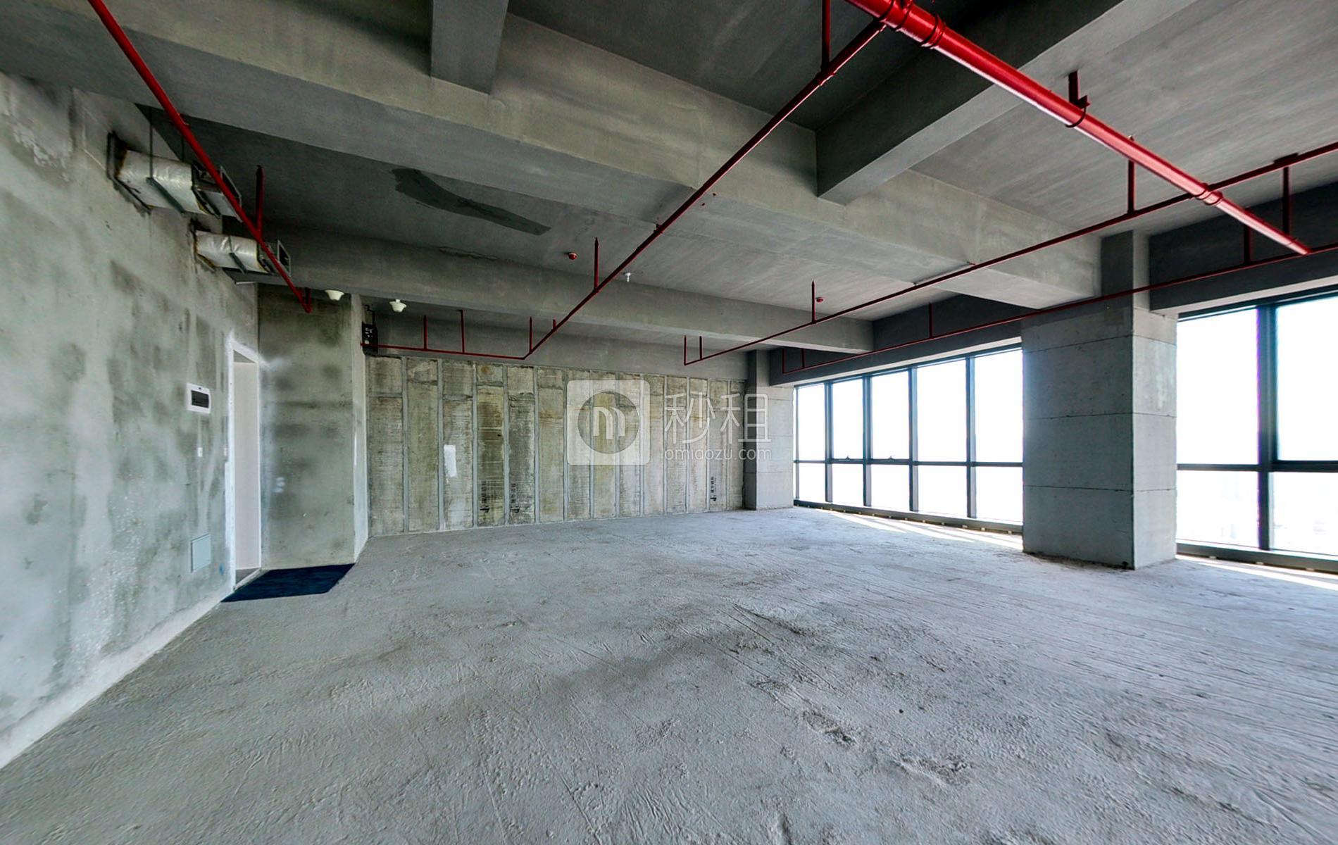 长富金茂大厦写字楼出租500平米毛坯办公室160元/m².月