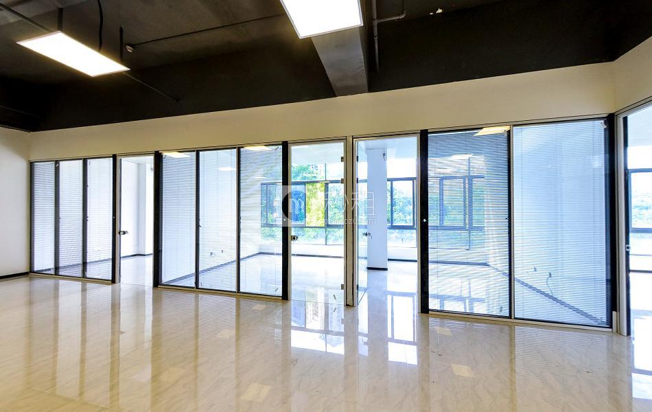 盛世同诚大厦写字楼出租425平米精装办公室99元/m².月