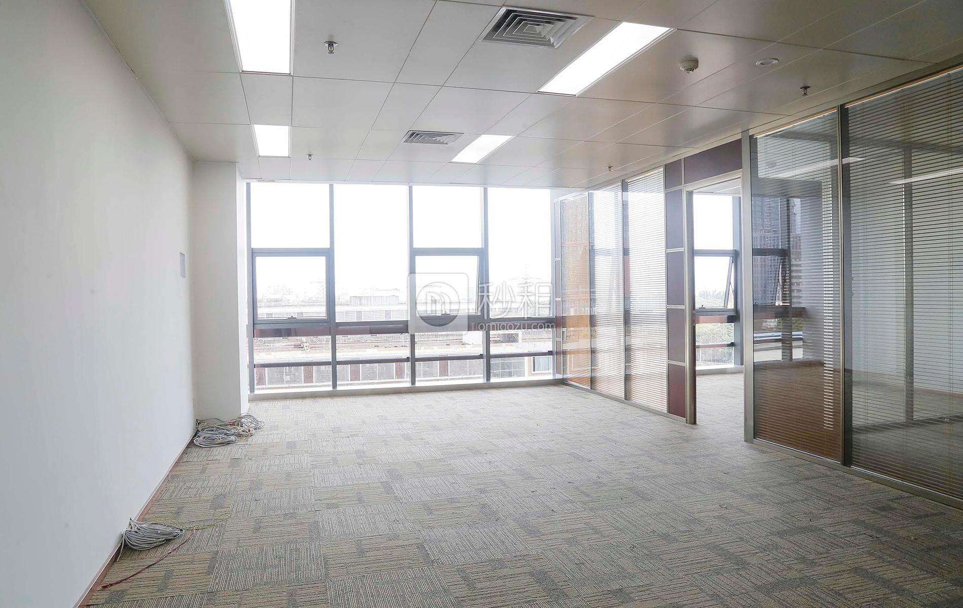 金运世纪大厦写字楼出租186平米豪装办公室178元/m².月