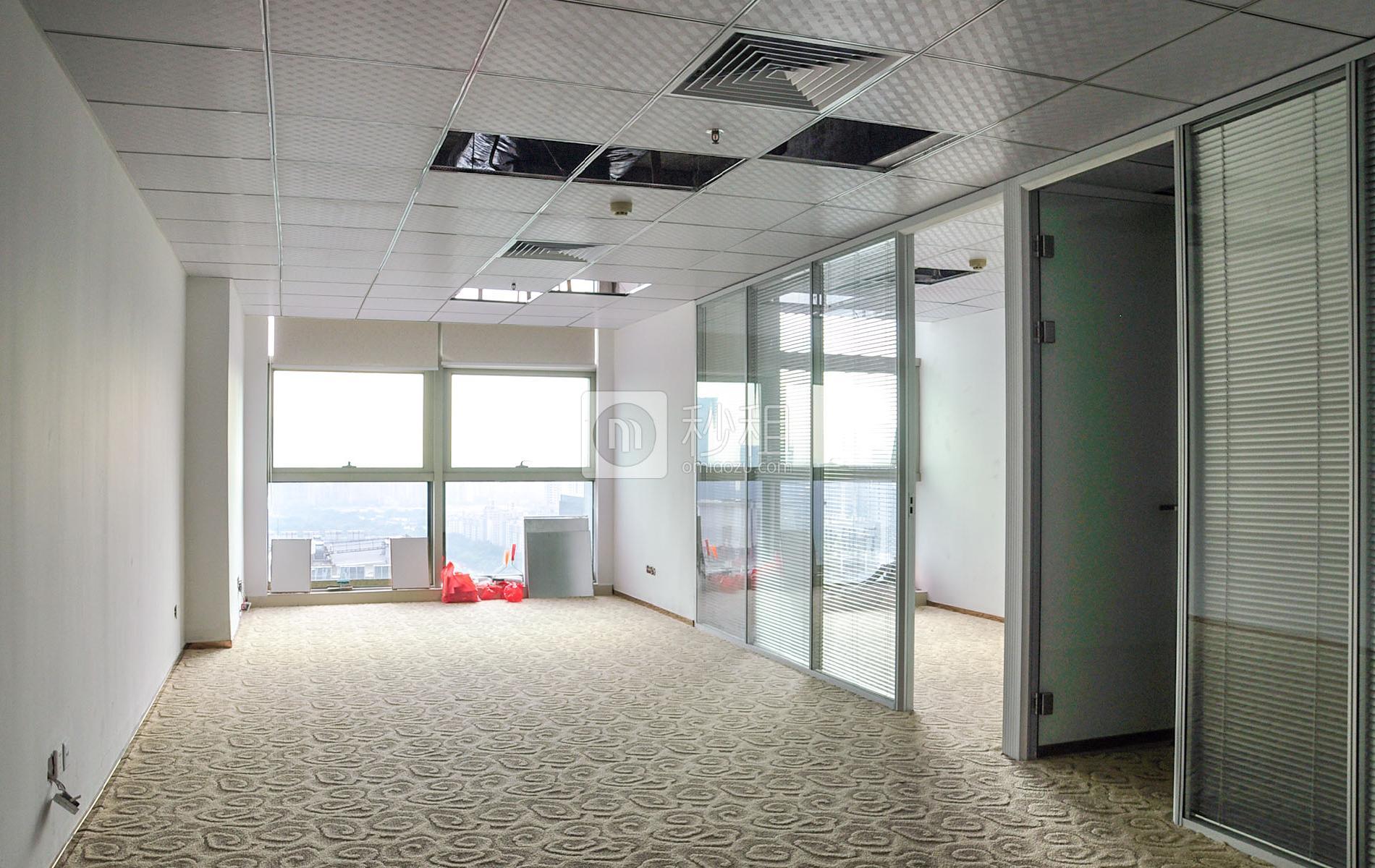 华融大厦写字楼出租114平米精装办公室240元/m².月