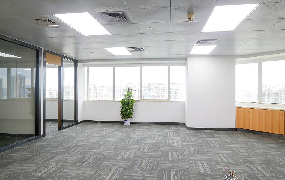 国通大厦写字楼出租152平米精装办公室100元/m².月