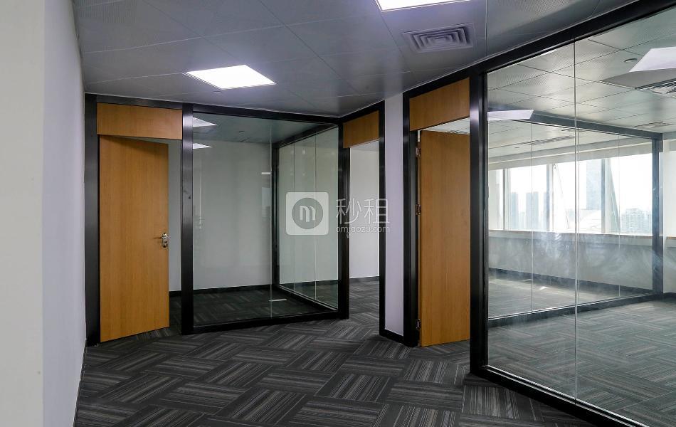 国通大厦写字楼出租222平米豪装办公室160元/m².月