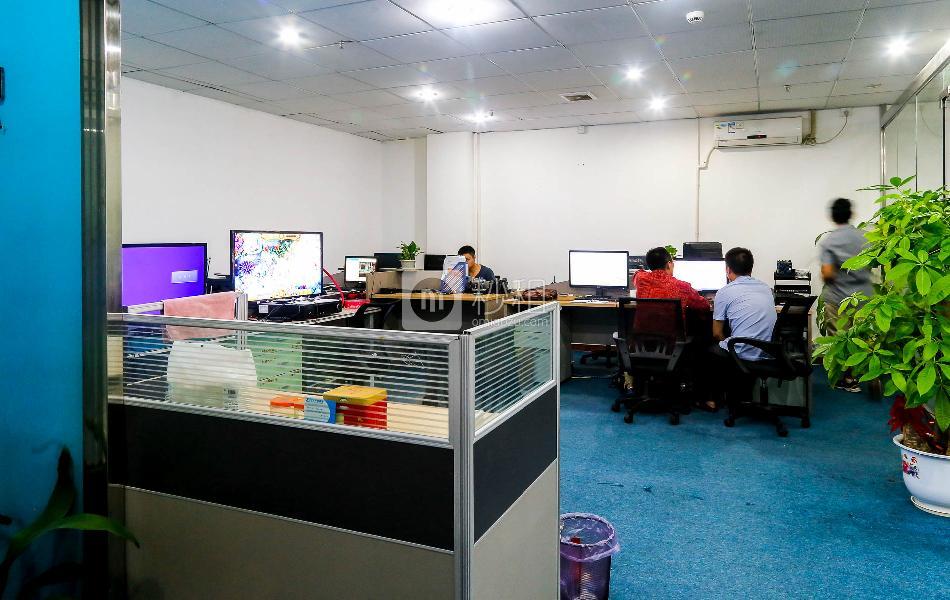 创业孵化园-皇冠科技园写字楼出租113平米精装办公室85元/m².月