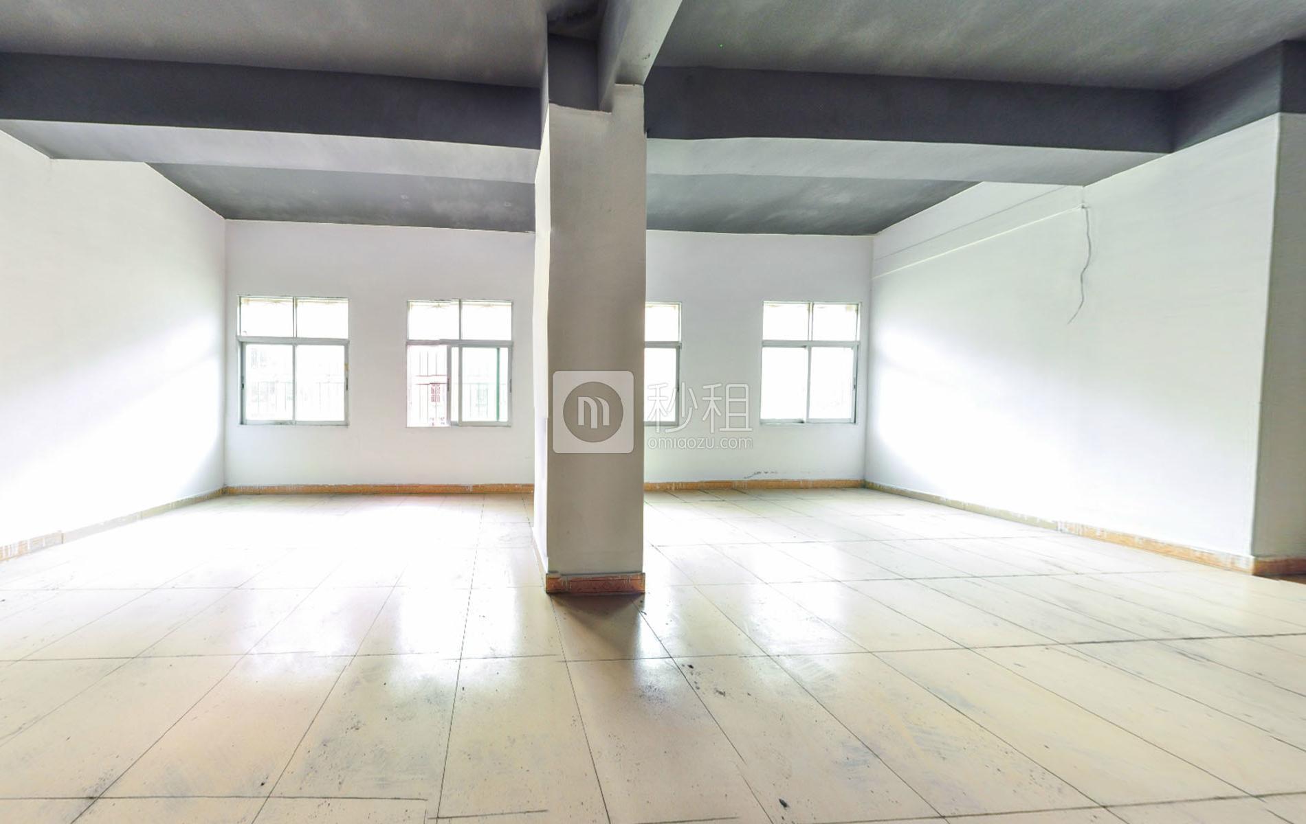 芭拉芭拉写字楼出租66平米简装办公室33元/m².月