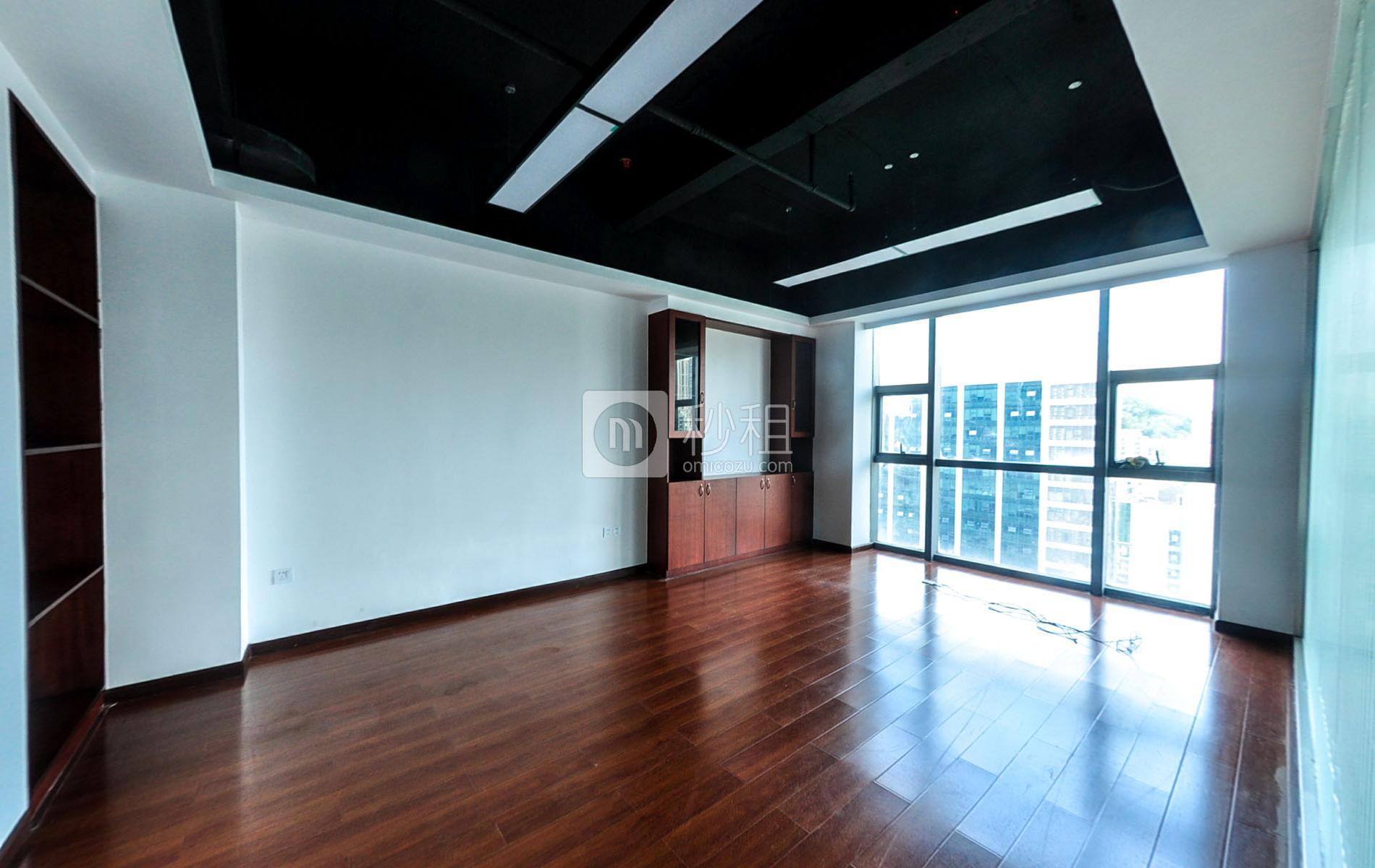 美兰国际商务中心写字楼出租93平米精装办公室90元/m².月