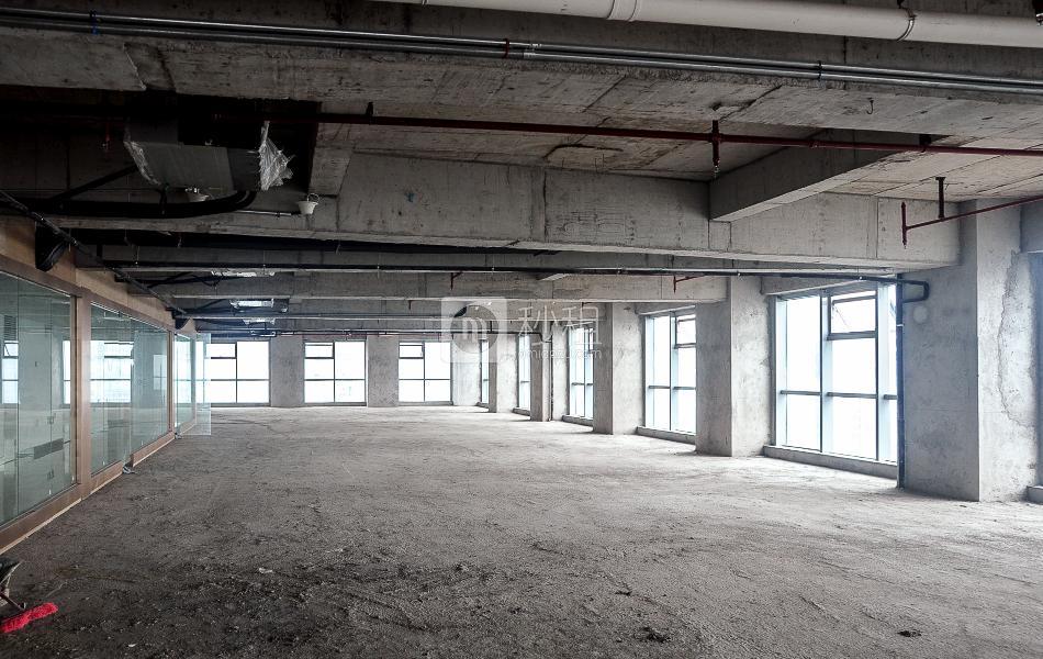 金中环大厦写字楼出租300平米毛坯办公室117元/m².月