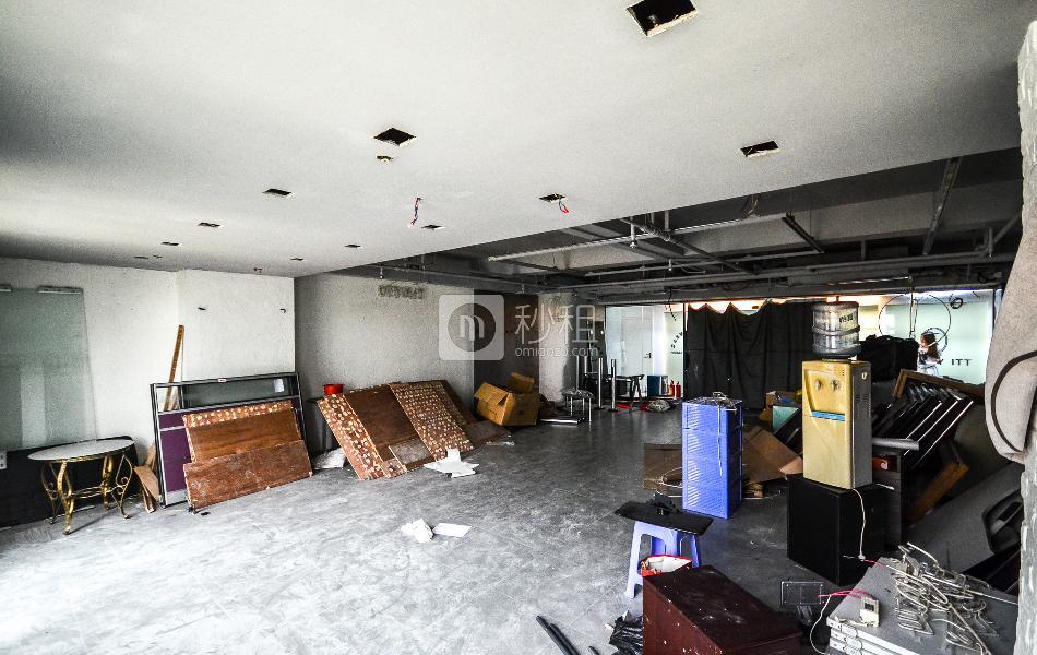 大新银行大楼写字楼出租138平米毛坯办公室85元/m².月