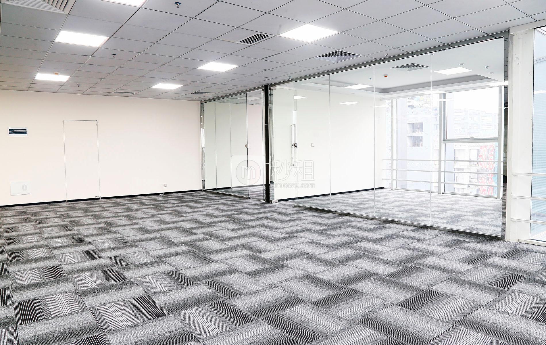 星河WORLD(一期)写字楼出租380平米精装办公室130元/m².月