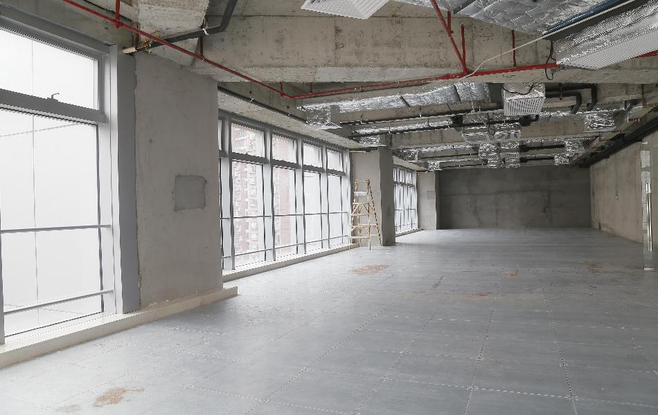 丽丰中心写字楼出租1772平米简装办公室140元/m².月