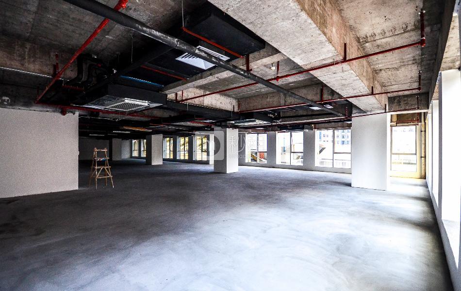 和业广场写字楼出租500平米简装办公室98元/m².月