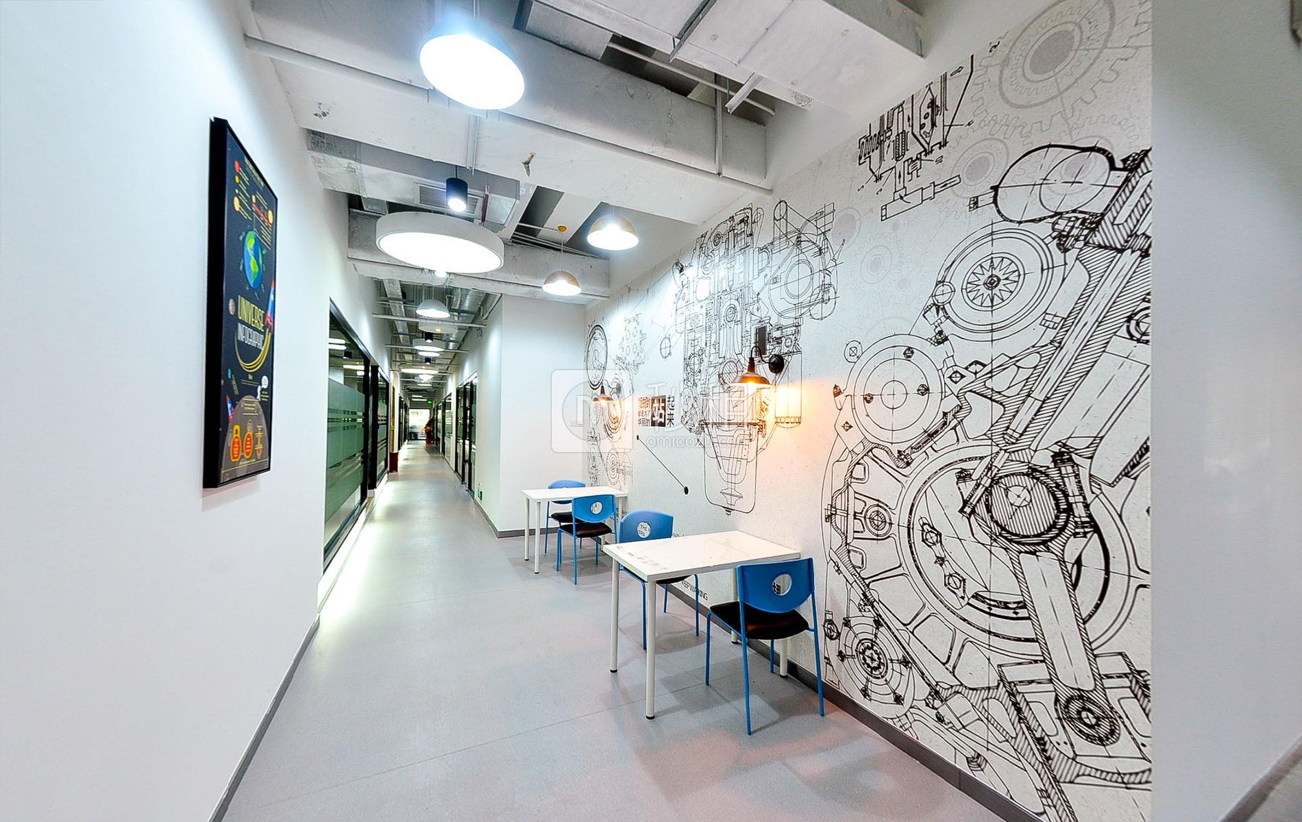 摩比大厦-蓝马智造园写字楼出租609平米简装办公室85元/m².月