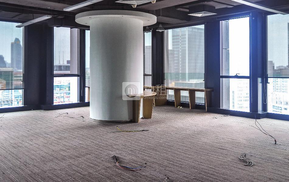 邦华环球广场写字楼出租358平米精装办公室175元/m².月
