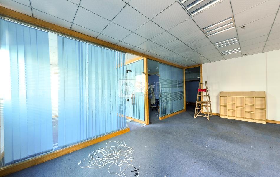 广兴源宝安互联网产业基地A区写字楼出租320平米精装办公室55元/m².月