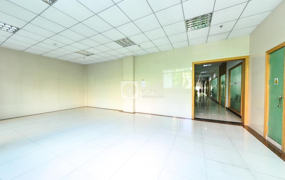 广兴源宝安互联网产业基地A区写字楼出租204平米精装办公室55元/m².月