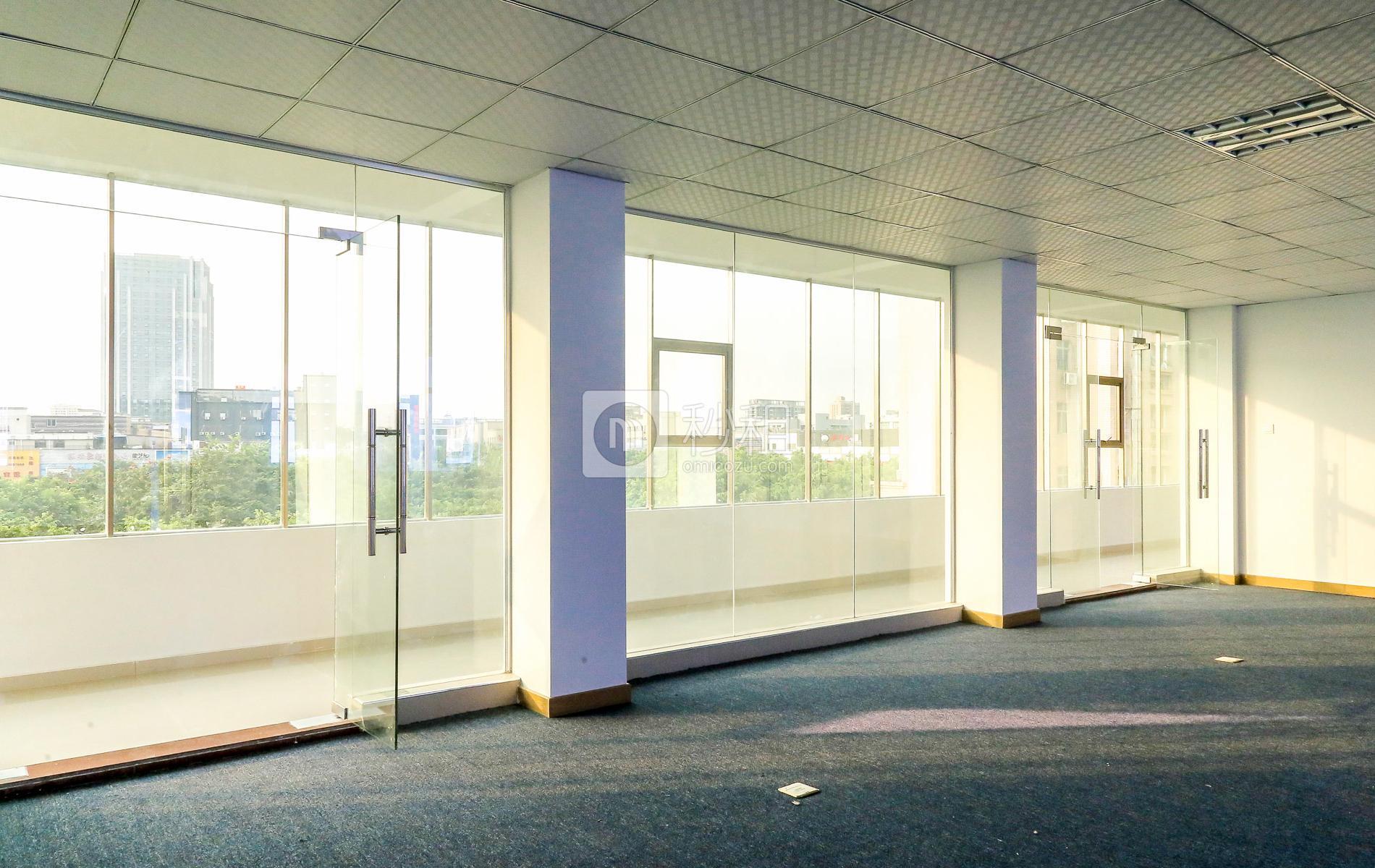 大浪商业中心32栋写字楼出租180平米简装办公室45元/m².月