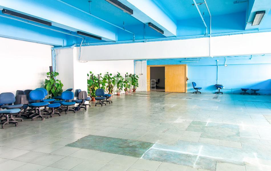 杨协成电子创意园写字楼出租280平米简装办公室77元/m².月