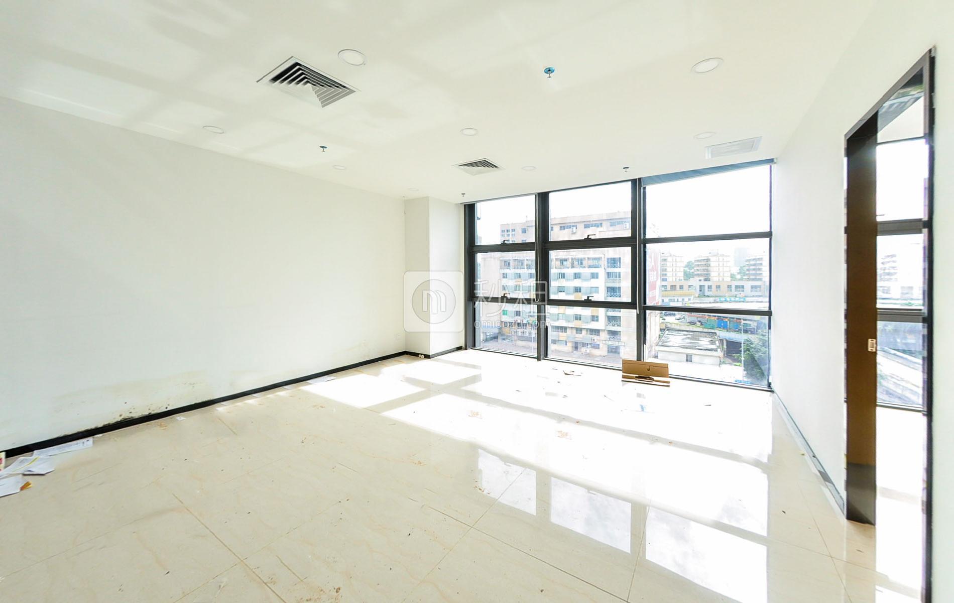 富基PARK国际大厦写字楼出租670平米精装办公室130元/m².月